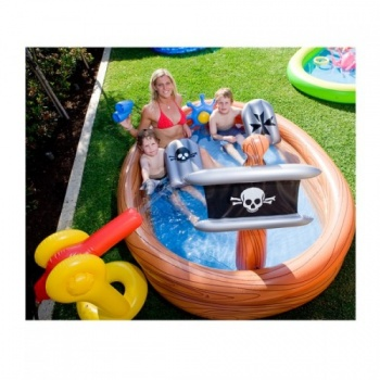 Pirate Ship Play Centre, Airtime